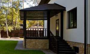Вальмовая крыша с крыльцом фото